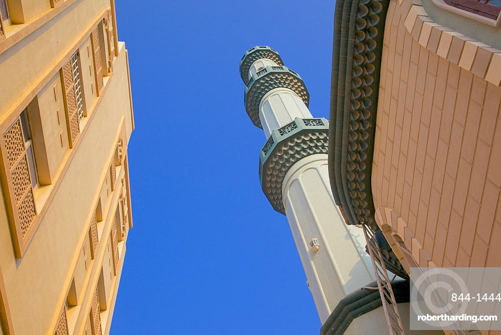 Mosque near The Deira Souk, The Creek, Dubai, United Arab Emirates, Middle East