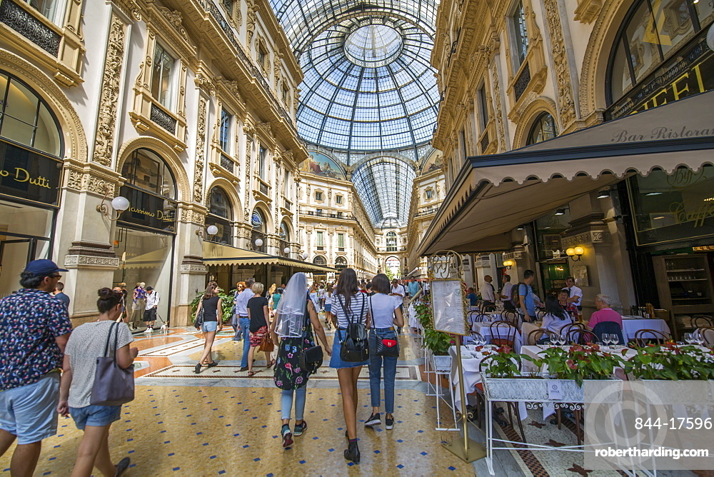 View of the interior of Galleria Vittorio Emanuele II, Milan, Lombardy, Italy, Europe
