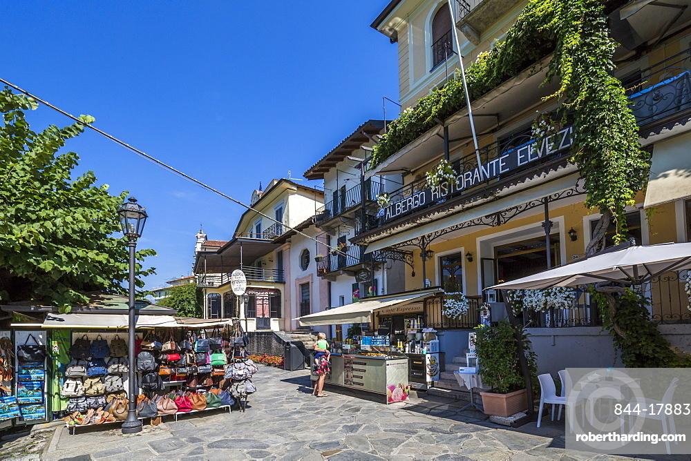 Souvenirs stalls and cafe on Isola dei Pescatori, Borromean Islands, Lago Maggiore, Piedmont, Italian Lakes, Italy, Europe
