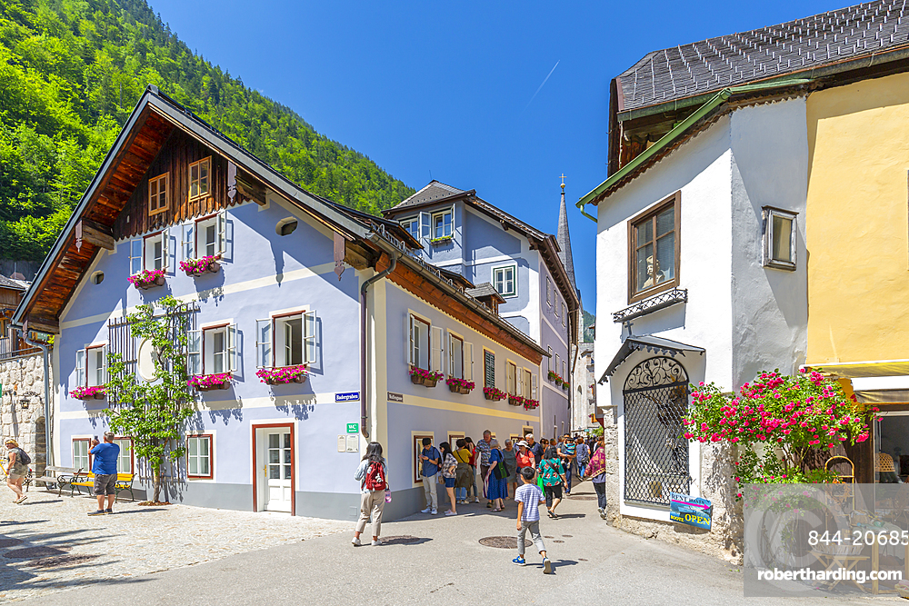 View of Hallstatt village, UNESCO World Heritage Site, Salzkammergut region of the Alps, Salzburg, Austria, Europe