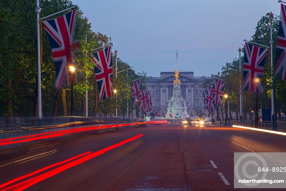 Union Jacks on The Mall, Buckingham Palace, London, England, United Kingdom, Europe