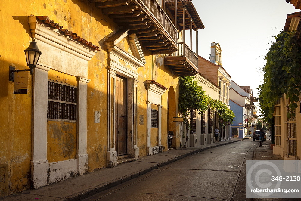 Colonial architecture, Old City, UNESCO World Heritage Site, Cartagena, Bolivar Department, Colombia, South America