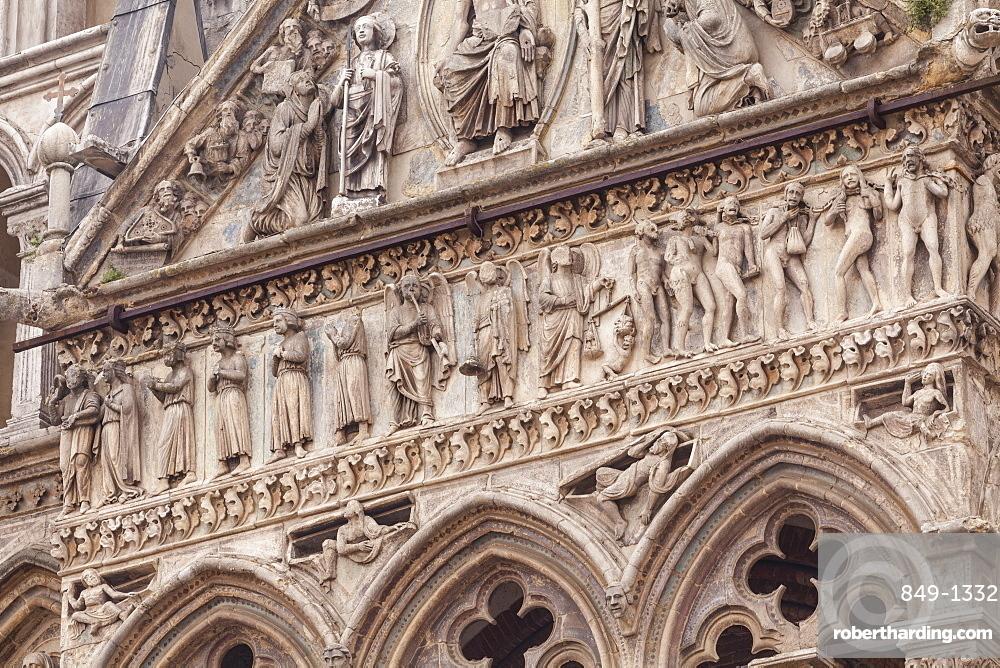 The exterior of Basilica Cattedrale di San Giorgio (Duomo di Ferrara) in the city of Ferrara, UNESCO World Heritage Site, Emilia-Romagna, Italy, Europe