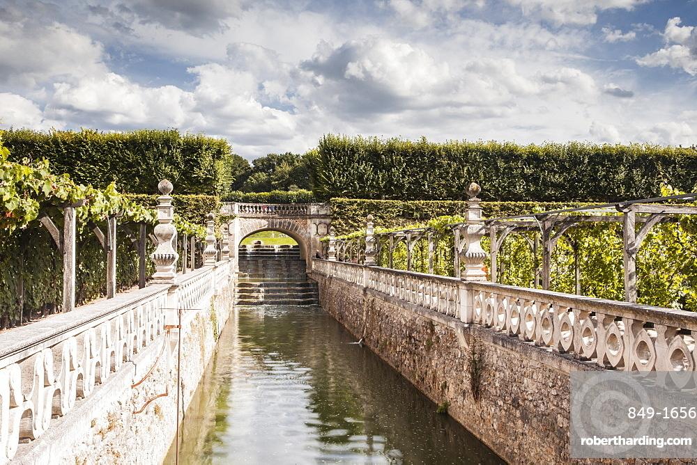 The gardens in the Chateau de Villandry, Indre-et-Loire, Loire Valley, UNESCO World Heritage Site, France, Europe
