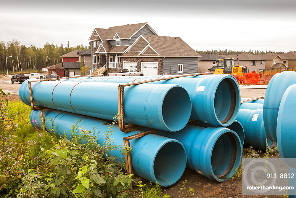 Pipeline construction work in Fort McMurray in the heart of the Canadian tar sands, Alberta, Canada, North America