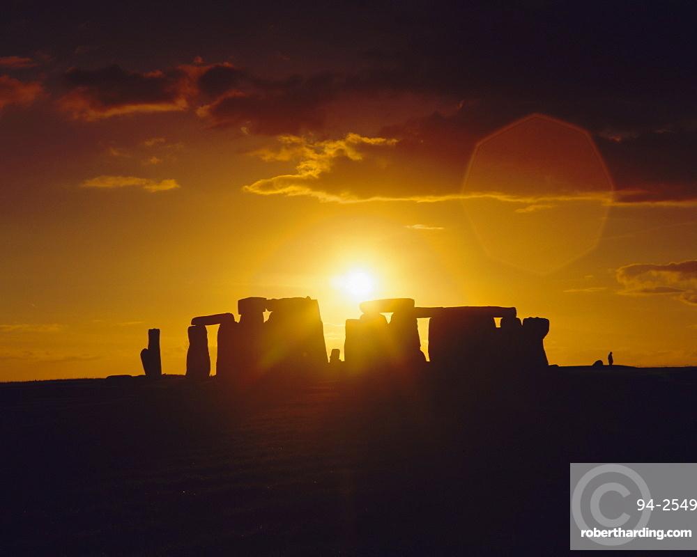 Stonehenge, Ancient ruins, Wiltshire, England, UK, Europe