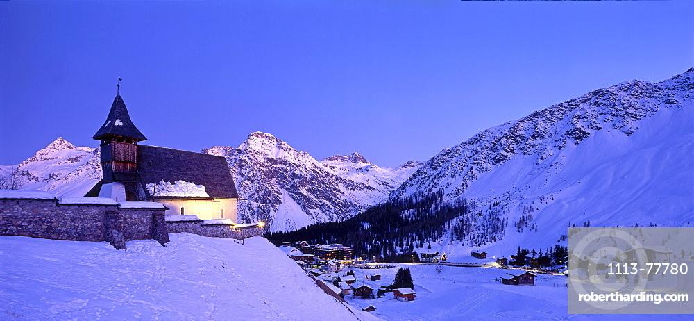 Switzerland, Arosa, winter landscape, little chapel, twilight