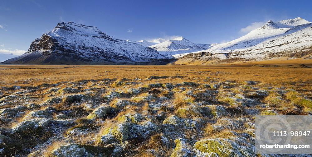 Snow-capped mountains, Fellsfjall, Midfellstidur, Sudursveit, East Iceland, Iceland