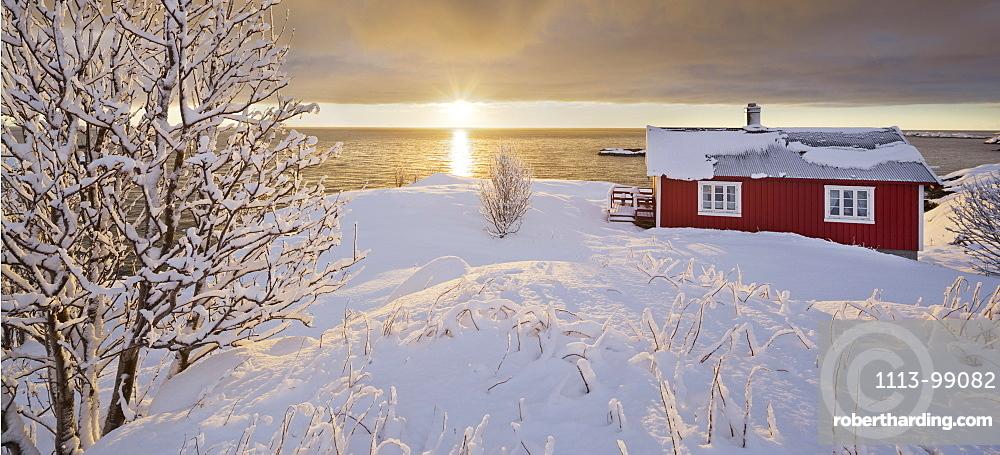 Hut in Reine, Moskenesoya, Lofoten, Nordland, Norway
