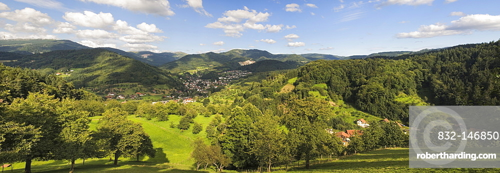 View of Ottenhoefen Achertal Valley, Black Forest, Baden-Wuerttemberg, Germany, Europe
