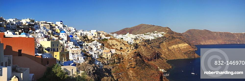 Oia on the cliff line of the Caldera, Santorini, Cyclades, Greece, Europe