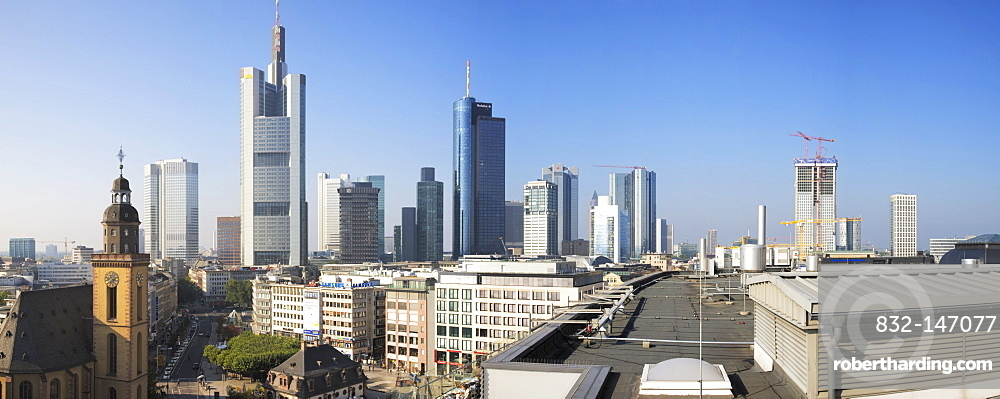 View from the rooftop terrace of the Zeilgalerie shopping centre over the financial district, Frankfurt, Hesse, Germany, Europe