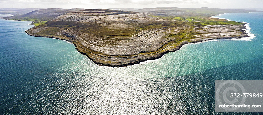 Rocky coast of Black Head, in the north of Doolin Burren, Murrogh, Formoyle, sandstone rock formations, County Clare, Ireland, Europe
