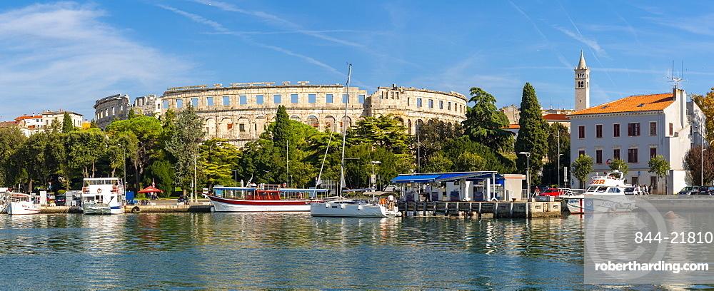 View of Pula Marina and Arena (Ampetheatre), Pula, Istria County, Croatia, Adriatic, Europe