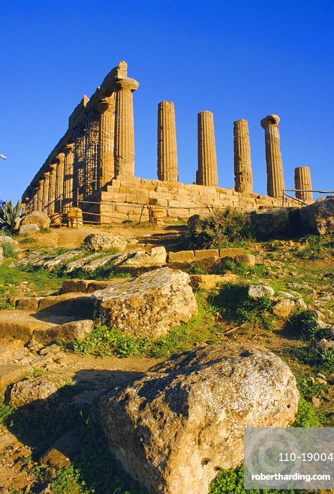 Temple of Hera Lacinia (Juno), Valley of Temples, Agrigento, Sicily, Italy, Europe