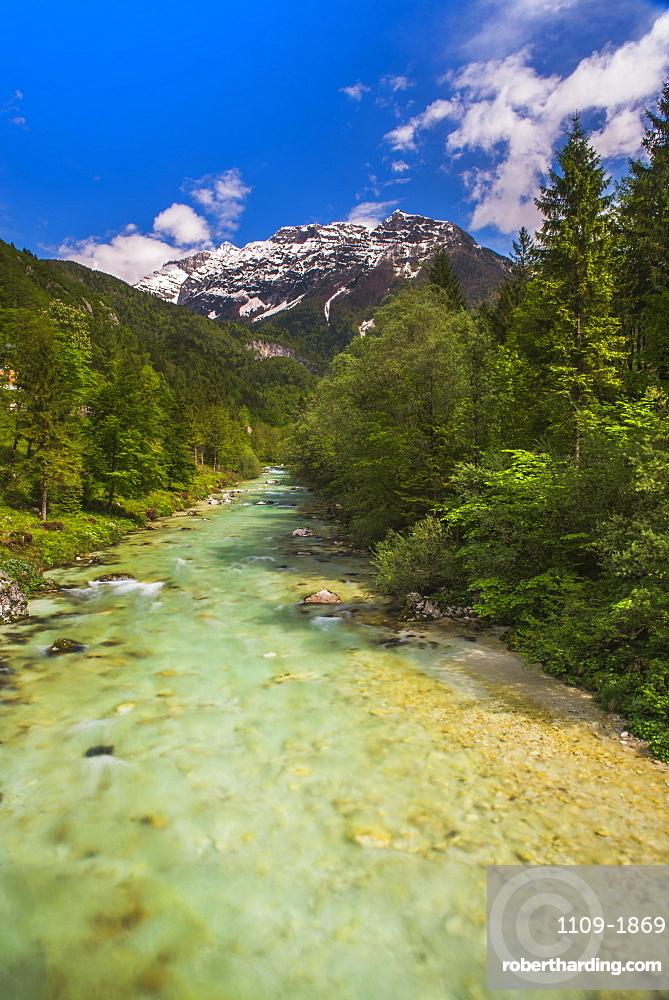 Soca River and Julian Alps in the Soca Valley, Triglav National Park (Triglavski Narodni Park), Slovenia, Europe