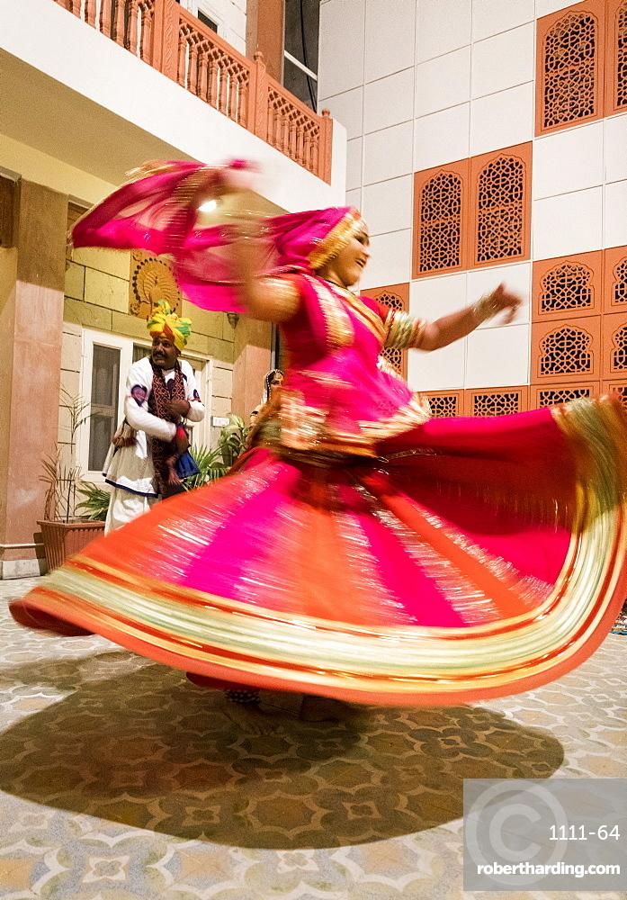 Gypsy dancer in Pushkar, Rajasthan, India, Asia