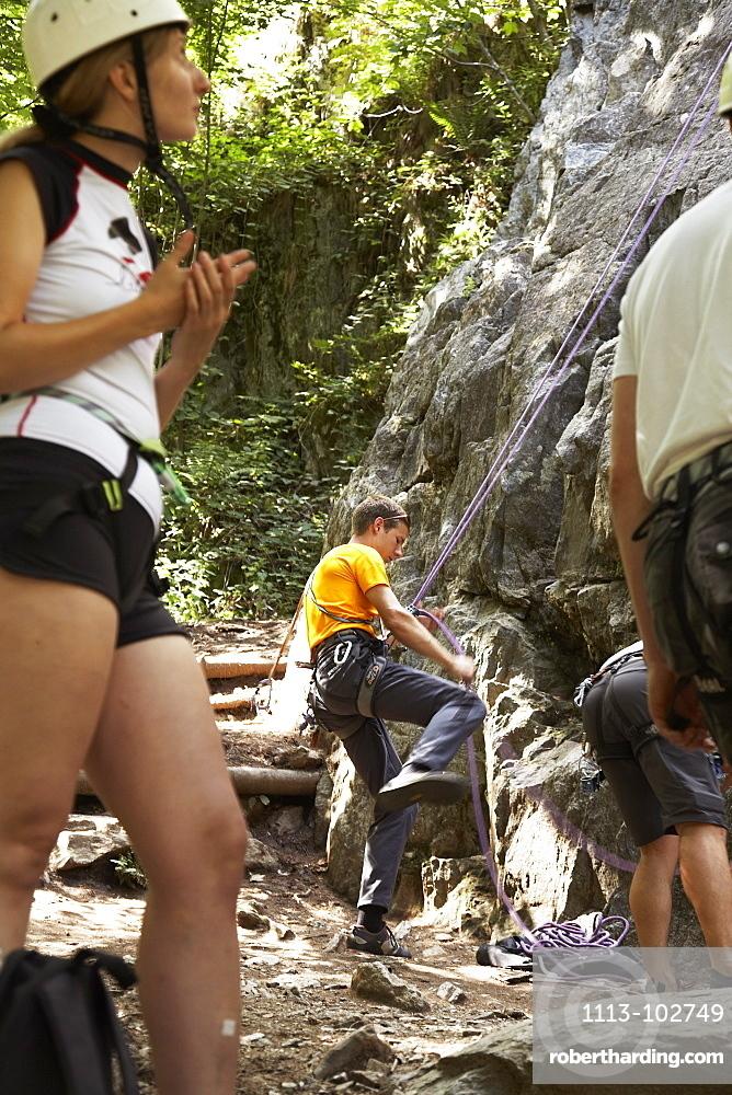 Rock climbers in Les Gaillands, Chamonix, Chamonix-Mont-Blanc, Alps, Rhone Alpes, Haute Savoie, France, Europe