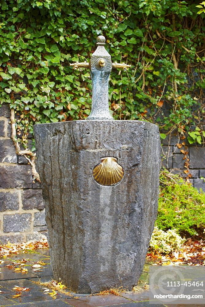 Abtei Maria Laach, Pilgrims' well, Monastery, Autumn, Hocheifel, Vulkaneifel, Eifel, Rhineland-Palatinate, Germany, Europe