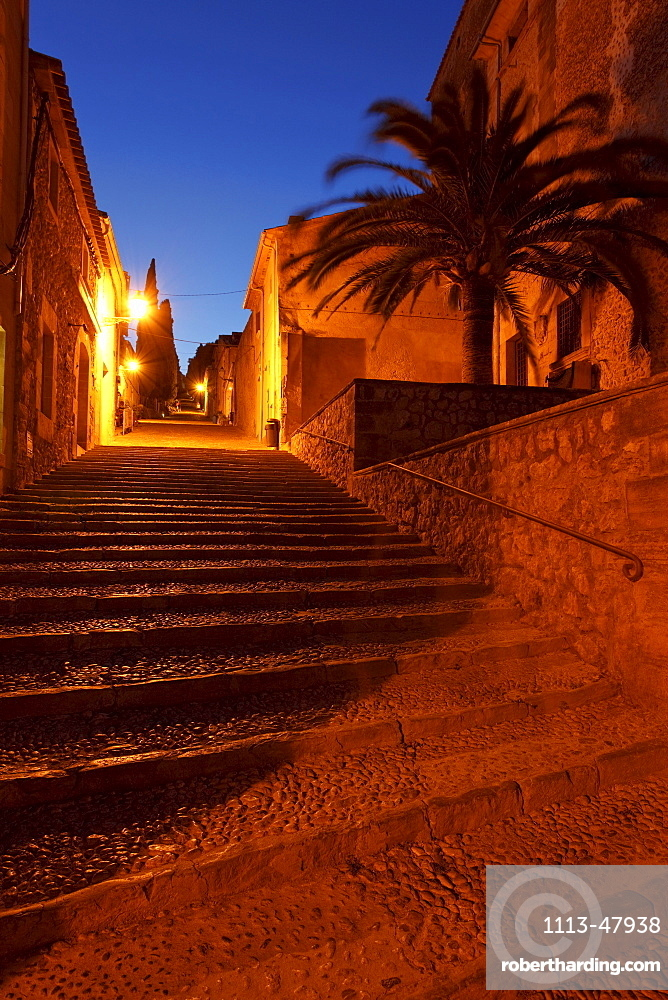 El Calvari, Calvary, Via Crucis, stair with 365 steps, Pollenca, Mallorca, Balearic Islands, Spain, Europe