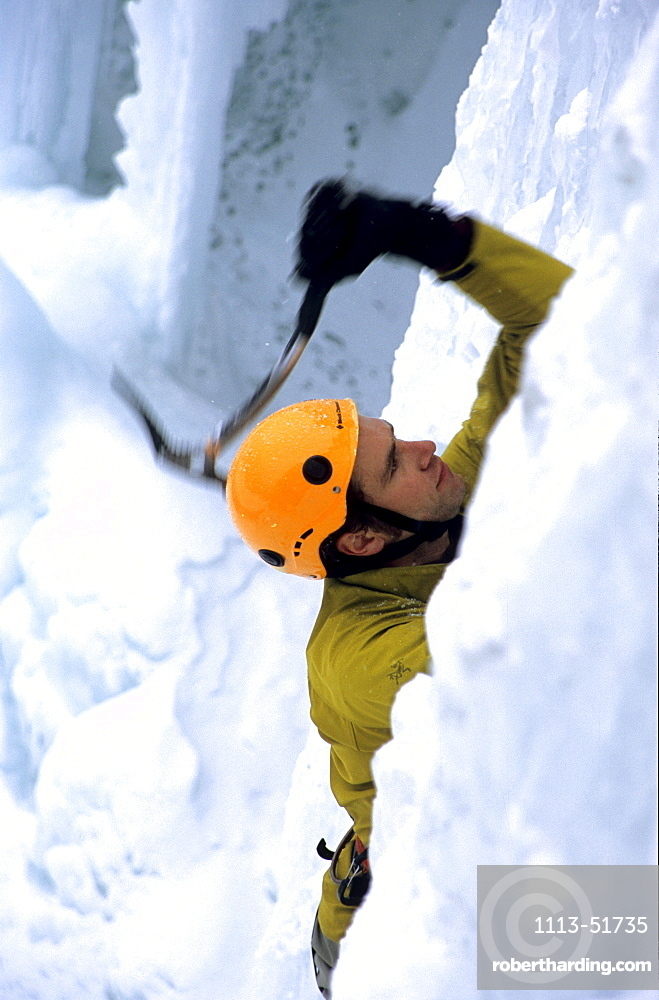 Roger Strong ice climbing, Pilsner, Mixed Climbing, Golden Area, Banff National Park, Alberta, Canada