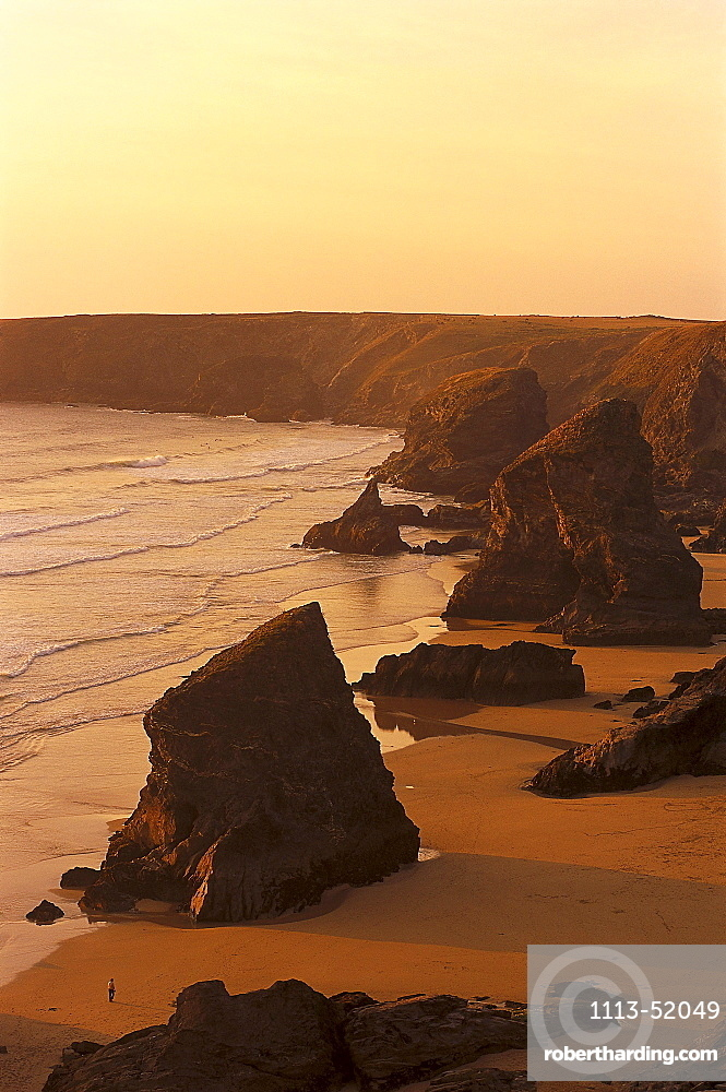 Coastline at sunset, Bedruthan Steps, Near Newquay Cornwall, England, Great Britain