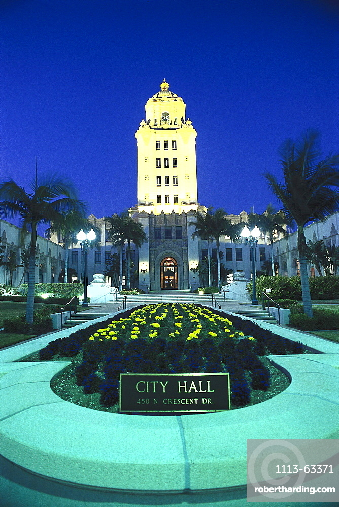 Illuminated city hall in the evening, Beverly Hills, Los Angeles, California, USA, America
