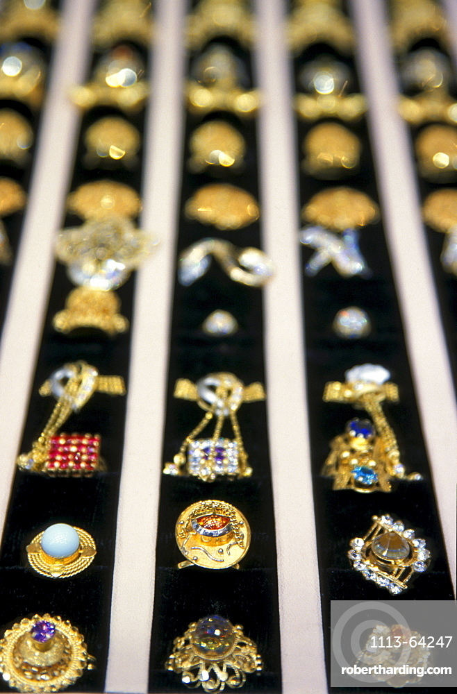 View at gold jewellery with gemstones, Souk, Muscat, Oman, Middle East, Asia
