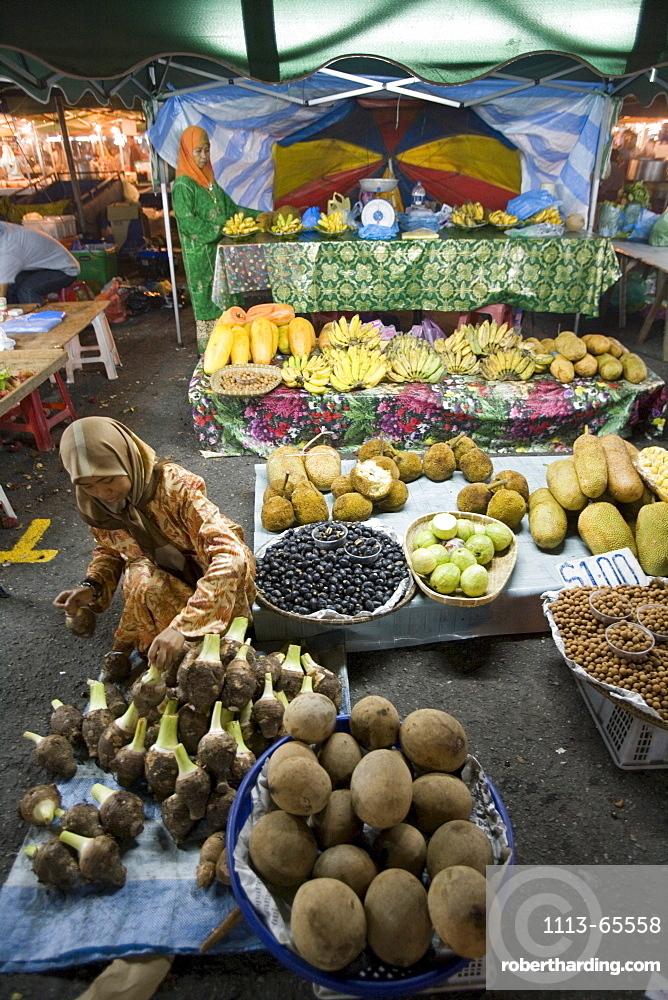 Night Market Vegetable Stand, Pasar Malam Night Market, Bandar Seri Begawan, Brunei Darussalam, Asia