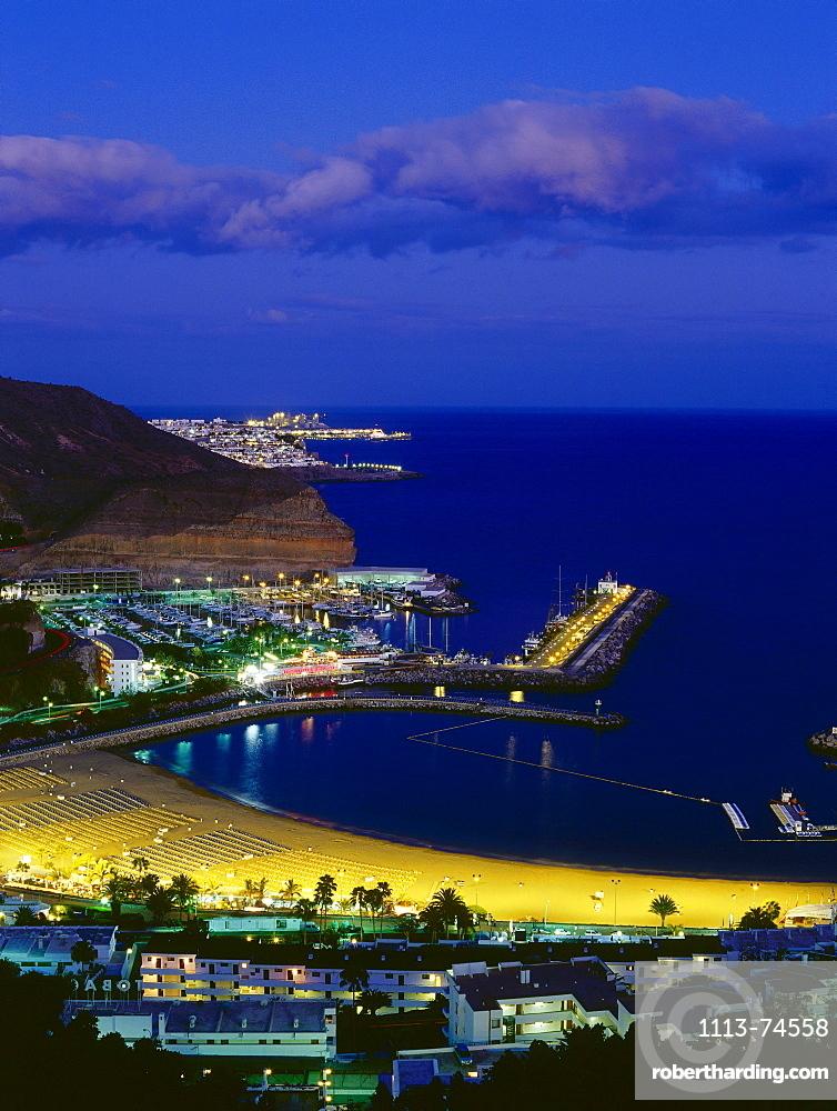 Marina and beach, Puerto Rico, bathing resort, Gran Canaria, Canary Islands, Atlantic Ocean, Spain