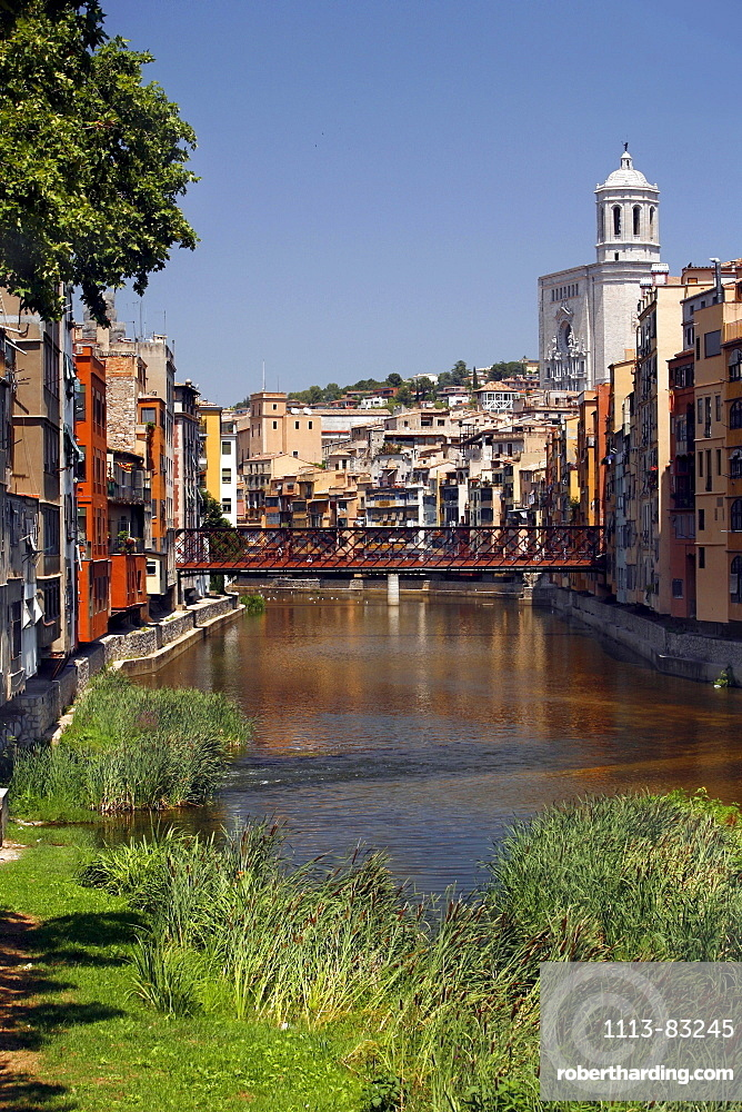 Girona¥s Cathedral and the river Onyar, Girona, Catalonia, Spain