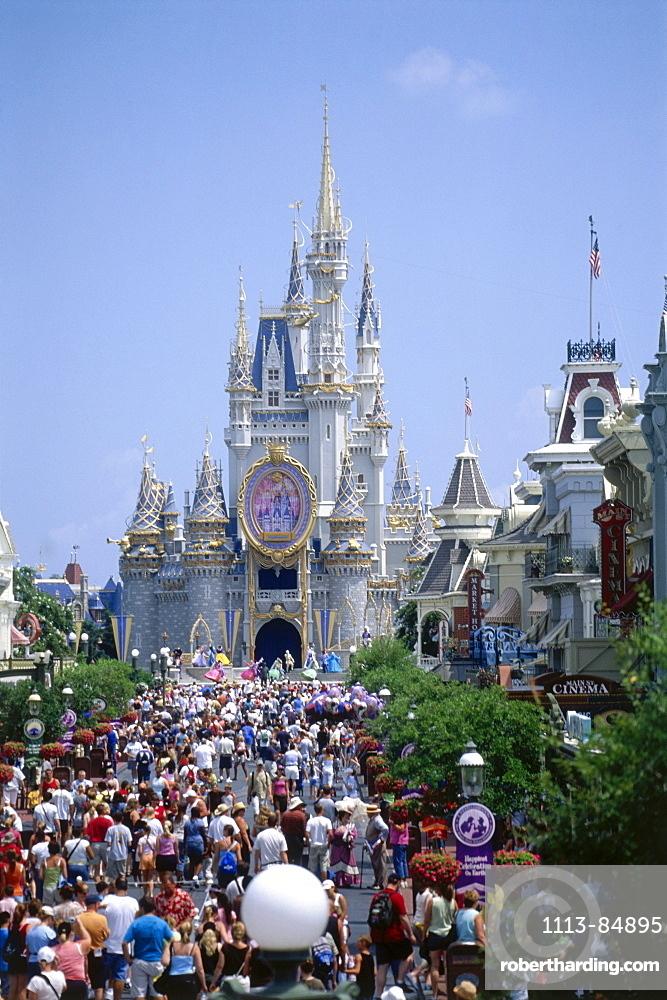 Cinderella Castle, Disneyworld, Orlando, Florida, USA
