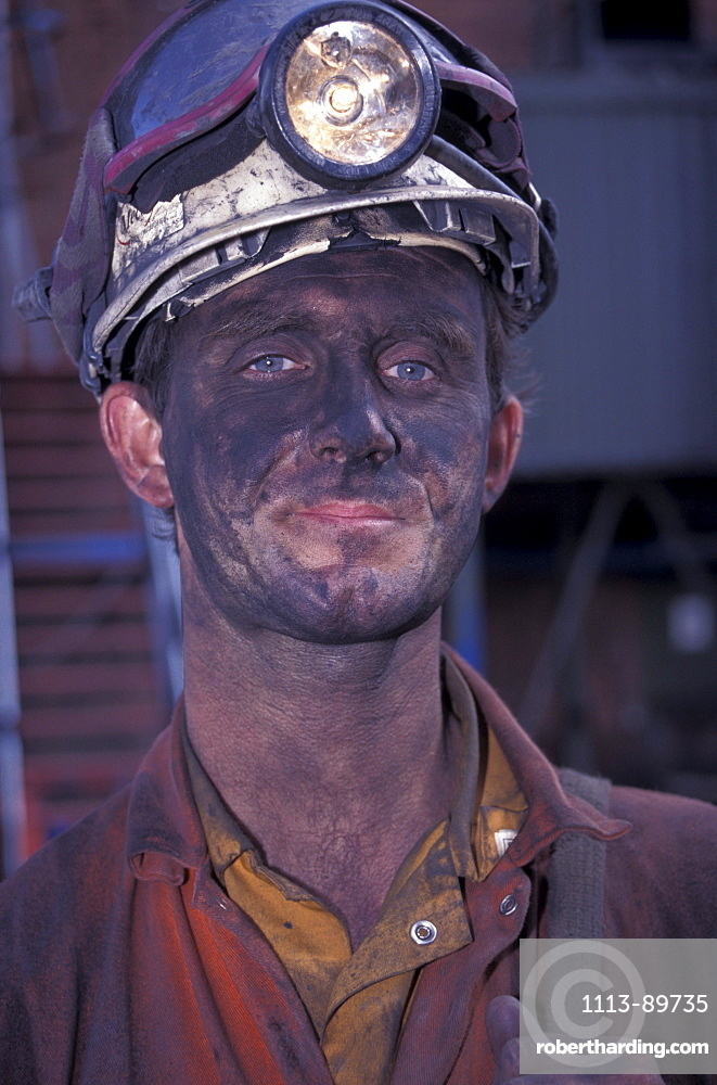 Portrait of a miner, Tower Colliery deep-coal mine, Hirwaun, County Mid Glamorgan, Wales, United Kingdom