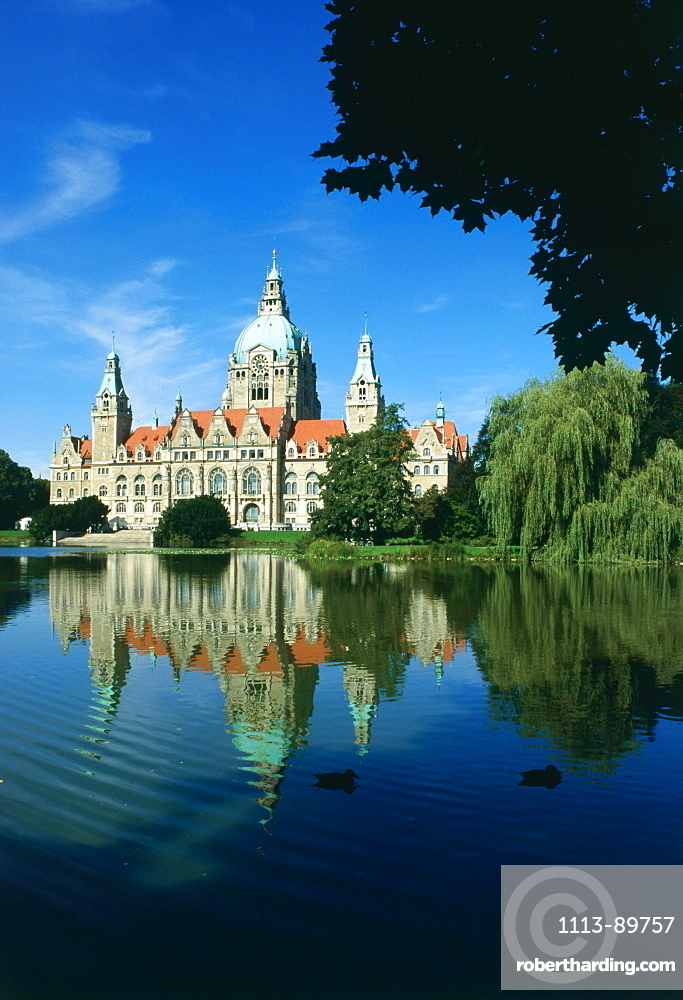 Town Hall and Maschsee Lake, Hannover, Lower Saxony, Germany