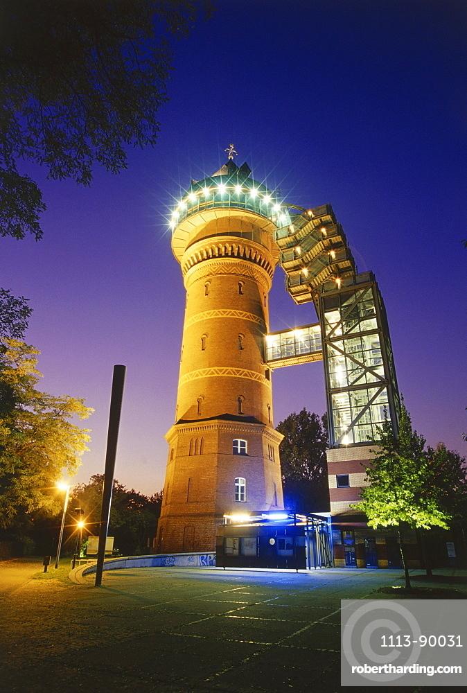 Aquarius Water Museum at night, Muehlheim, Ruhr Valley, Ruhr, Northrhine Westphalia, Germany
