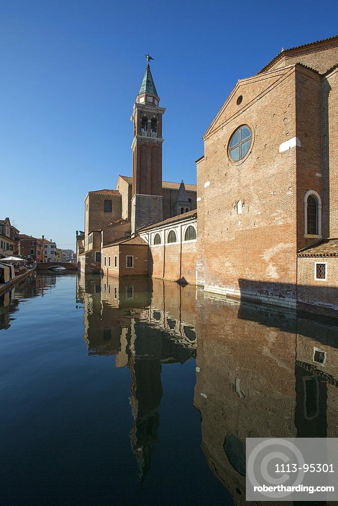 Canale della Vena and Chioggia Cathedral, Chioggia, Veneto, Italy, Europe