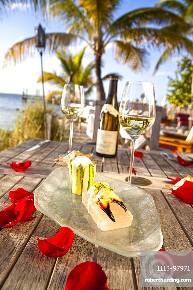 Florida lobster salad with asparagus and spicy aioli lemon grass foam, Restaurant DINING ROOM, Little Palm Island Resort, Florida Keys, USA