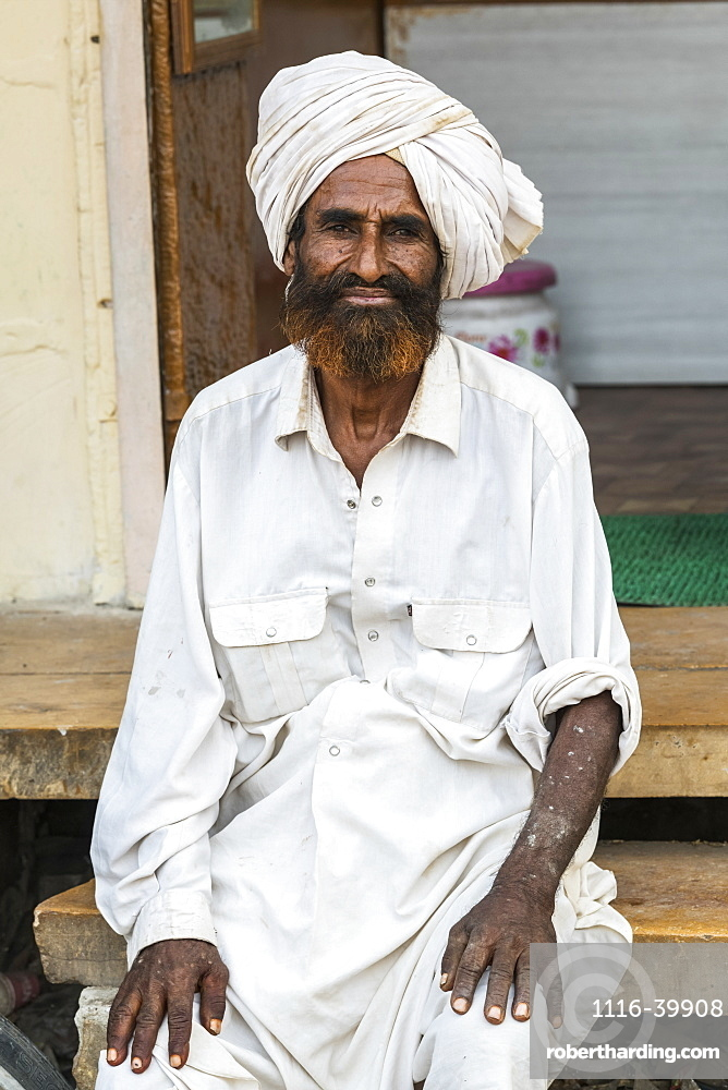 Portrait of an Indian man with turban, Jaisalmer, Rajasthan, India