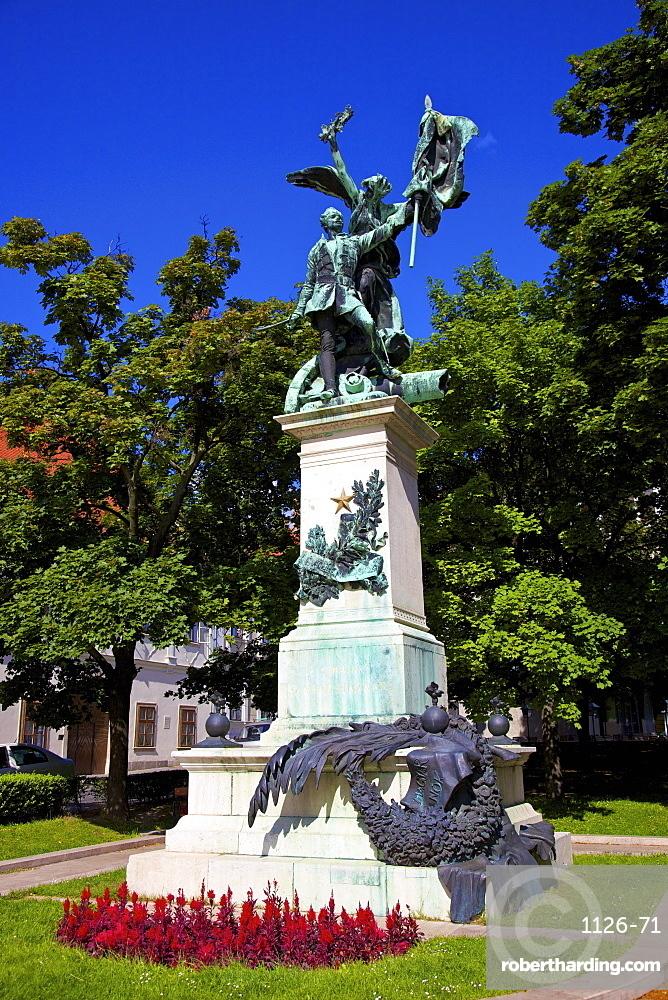 Monument to Szabad Hazaert, Budapest, Hungary, Europe