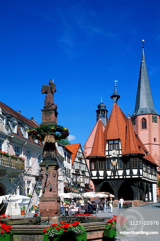 Fountain and townhall, Michelstadt, Baden-Wurttemberg, Germany