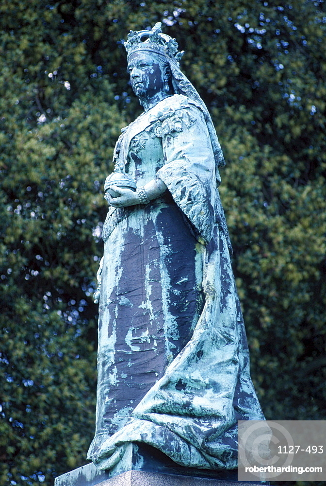 Statue of Queen Victoria, St. Peter Port, Guernsey, Channel Islands, Great Britain
