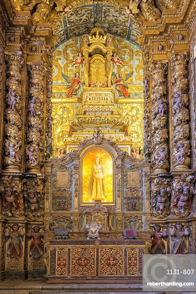 Main altar, Convento de Nossa Senhora da Conceicao (Our Lady of the Conception Convent and Church), Regional Museum Dona Leonor, Beja, Alentejo, Portugal, Europe