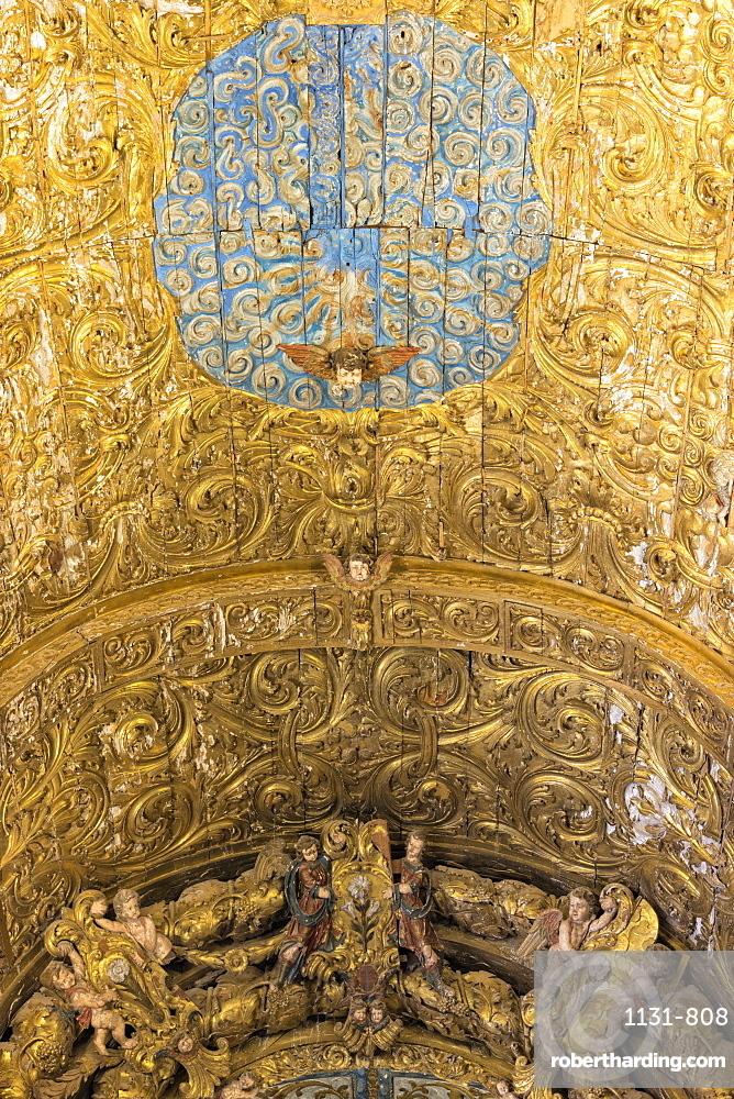 Ceiling, Convento de Nossa Senhora da Conceicao (Our Lady of the Conception Convent), Regional Museum Dona Leonor, Beja, Alentejo, Portugal, Europe
