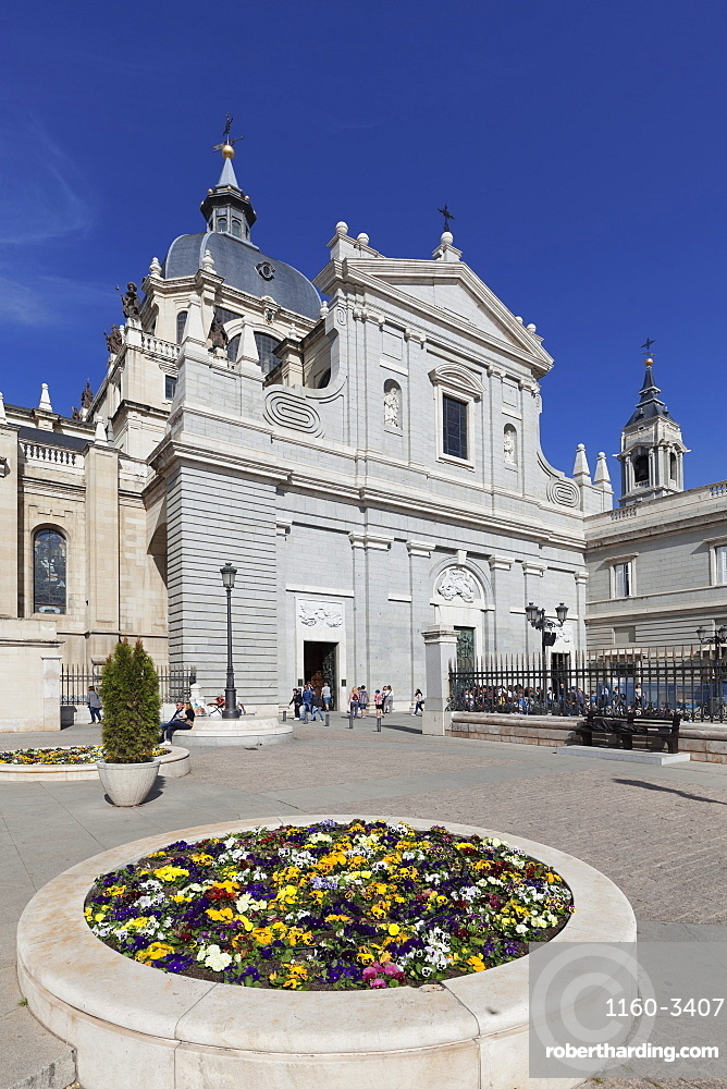 Almudena Cathetral (Santa Maria la Real de La Almudena), Madrid, Spain, Europe