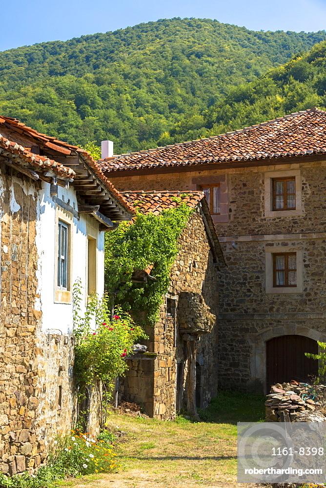 Mountain village of Somaniezo in Picos de Europa in Cantabria, Northern Spain, Europe