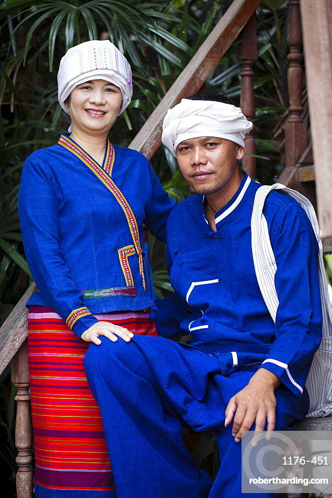 Tai Lue (Lu) indigenous hill tribe people in traditional dress, Chiang Mai, Thailand, Southeast Asia, Asia