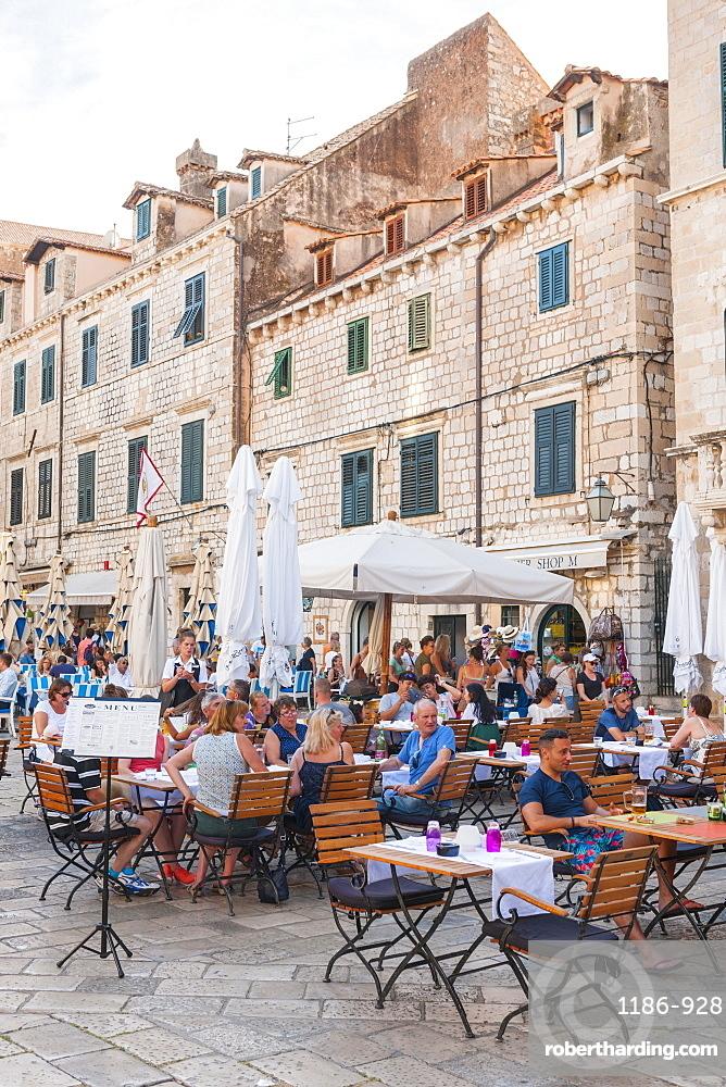Restaurants in the old town, UNESCO World Heritage Site, Dubrovnik, Croatia, Europe
