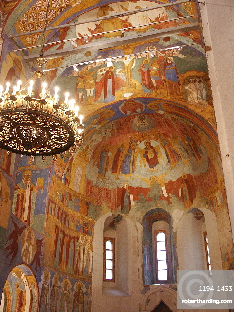 Russia and walls frescoes cathedral of the transfiguration of the saviour monastery of st. Euthymius suzdal