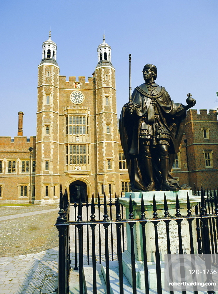 Statue of Henry VI and Lupton's Tower, Eton College, Berkshire, England