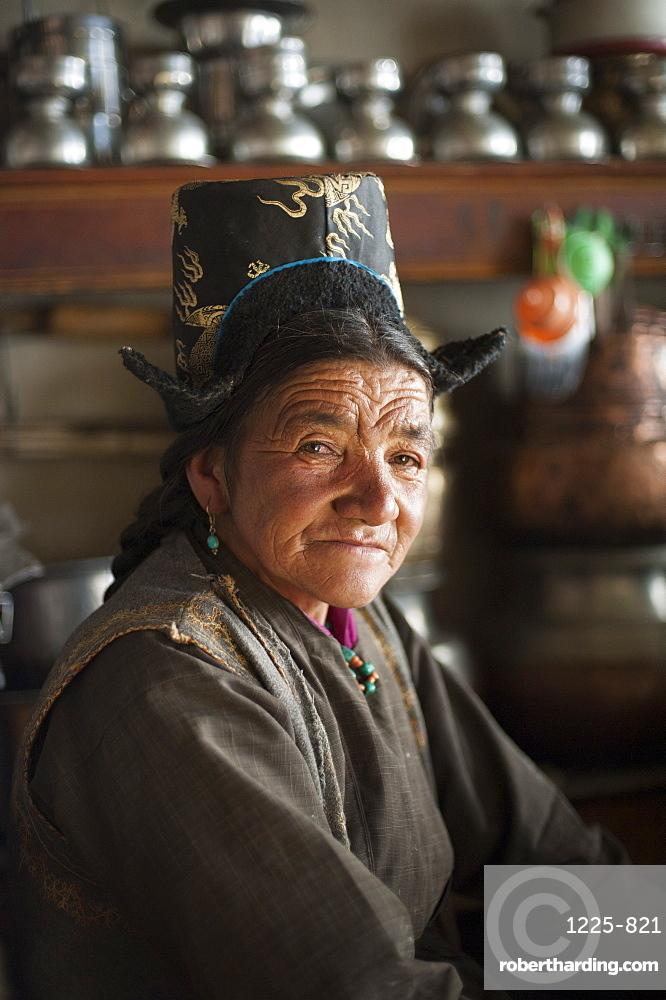 A Ladakhi woman wearing traditional dress, Ladakh, India, Asia